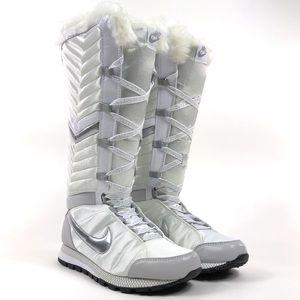 Nike Apres Womens Faux Fur Ski Boots 414950-100